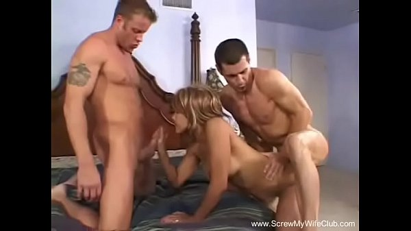 Anal threesome, Latinas
