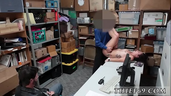 Police, Tits
