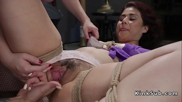 Tied up fuck, Anal threesome