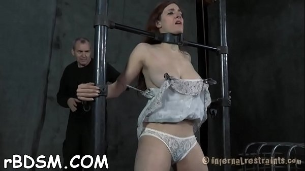 Torture, Pussy whipping