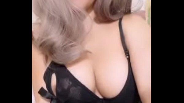 Asian, Live show