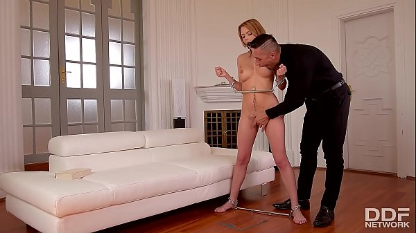 Submissive, Emily, Submission
