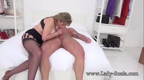 Lady, Blackmail, Riding
