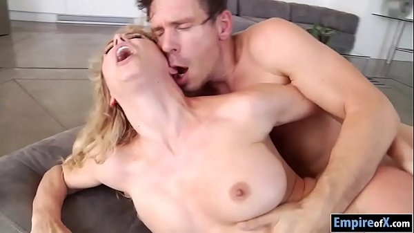 Cougar, Busty anal
