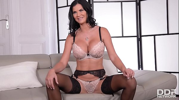 Perfect pussy, Jasmine jae, Interview