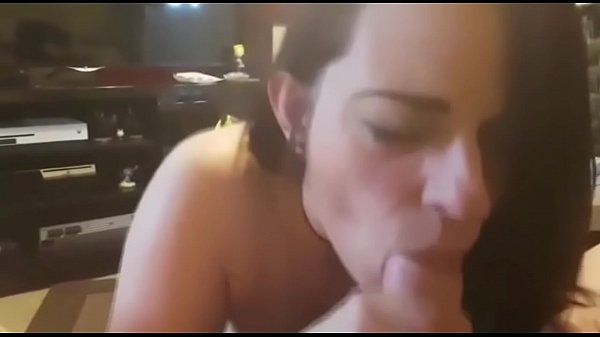 Cum in mouth, Swallowing