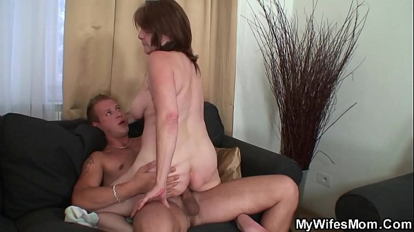 Mothers, Wife riding, Seduces